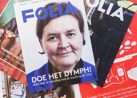 Een stapel Folia magazines (nieuwe lay out)